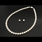 pearl necklace j246441