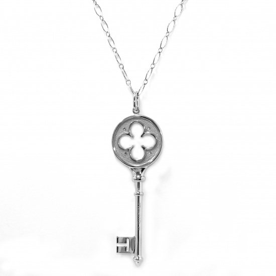 tiffany necklace_pendant Tiffany Necklace / pendant White Gold Clover key necklace -