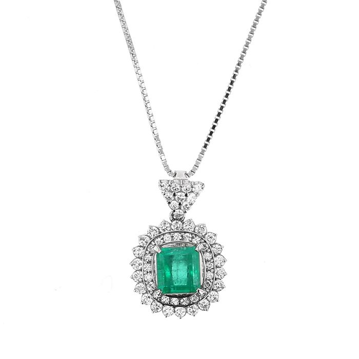 PT platinum Emerald Necklace / pendant